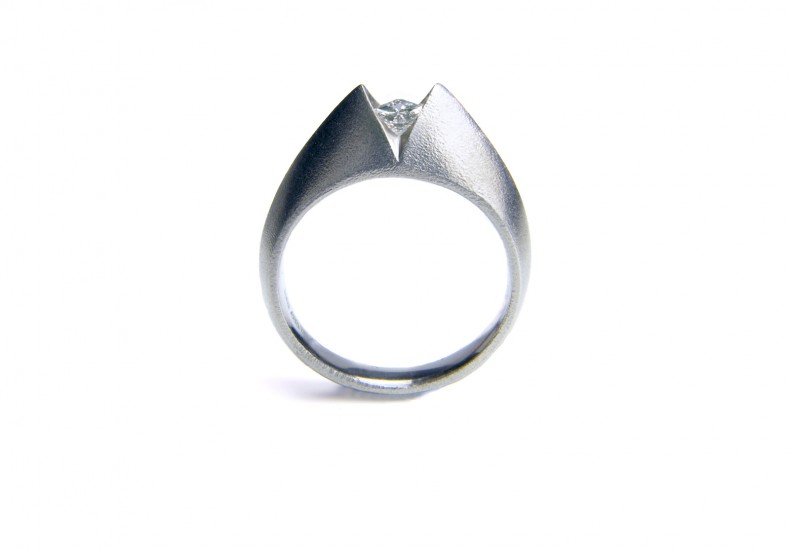 ART 'V' Square Diamond Ring