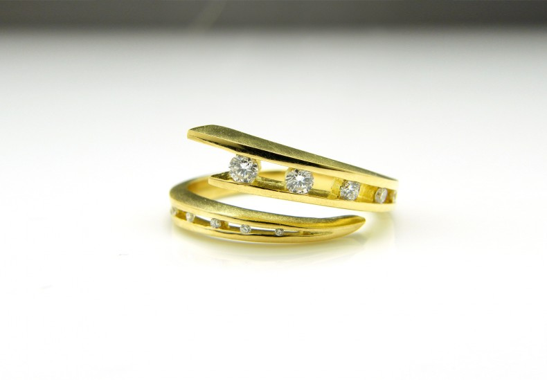 Juno Diamond Ring