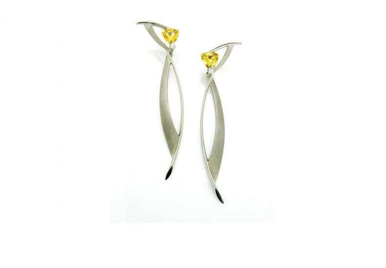 Juno Drop Earrings
