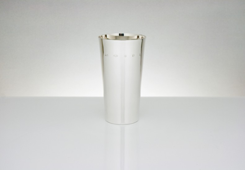 Linear Water Beaker