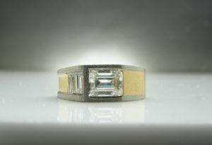 Gardeners Ring, 18ct and Palladium with Diamonds