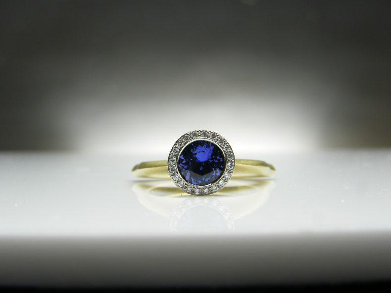 Julia Tanzanite & Diamond Ring