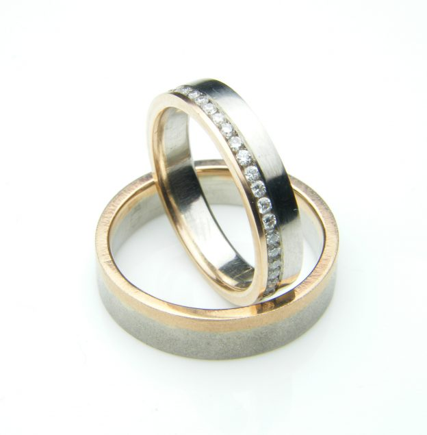 Palladium and Red Gold Wedding Rings