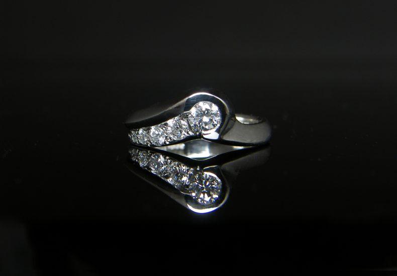 Platinum Shooting Star Ring